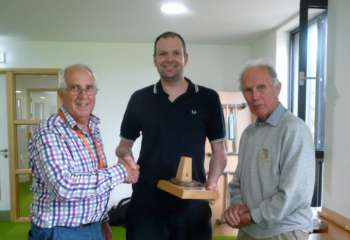 Jeff receiving Chairman's Trophy for the new website