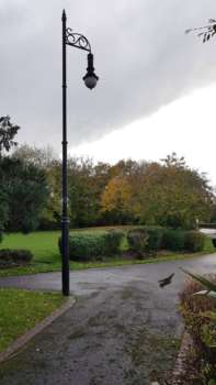 Goodlands Gardens Lampost