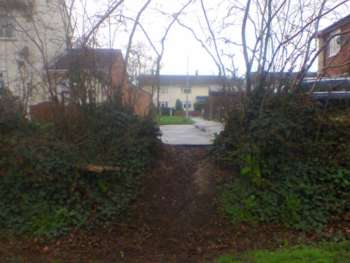Earth bank and paths dividing old & new estates, Priorswood