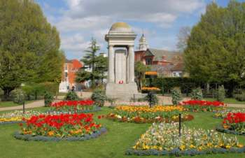 war memorial, Vivary Park