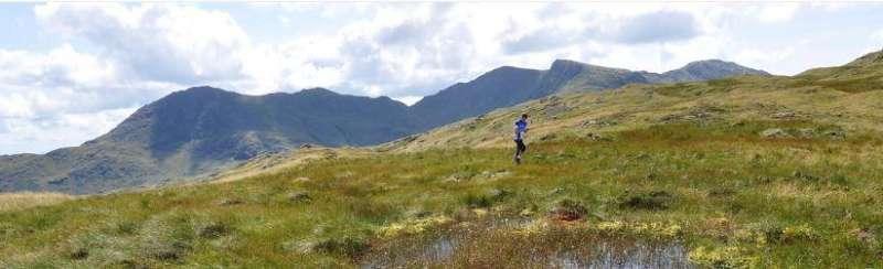 Lone runner on Pike O'Blisco, Day 4